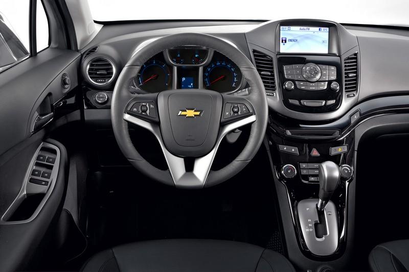 Chevrolet Orlando 2011 Interier 11 Autokataloge Recenze