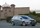 Ford Grand C Max 2010 08