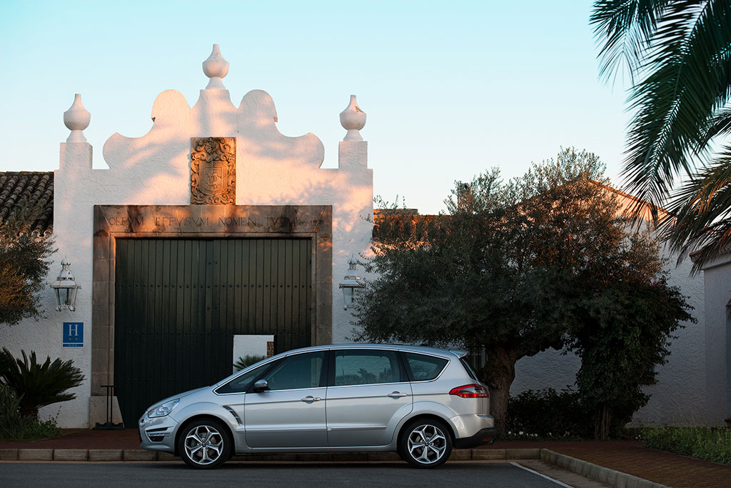 Ford S Max 2010 Facelift 03