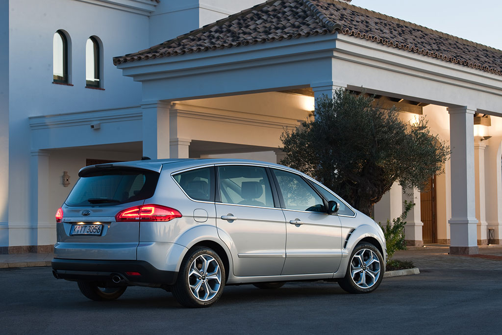 Ford S Max 2010 Facelift 04