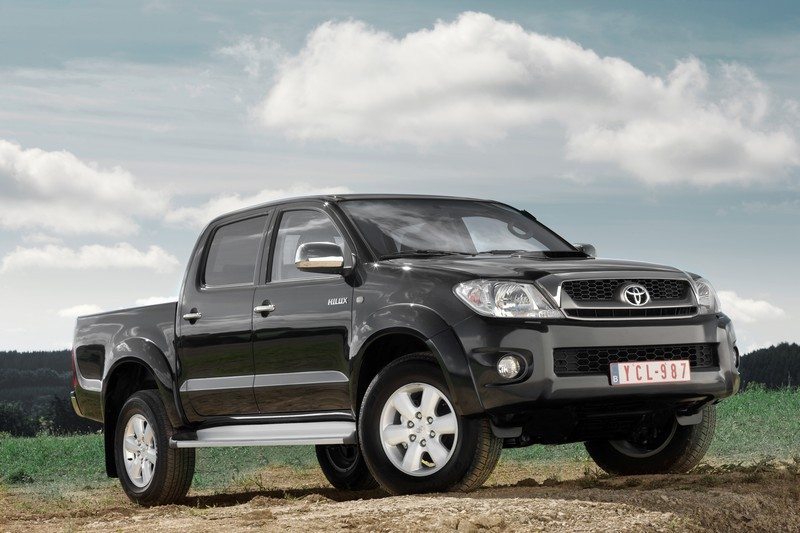 Toyota Hilux Facelift 2010 01